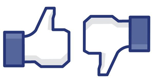 Like Dislike Facebook   Faux profils, cours en chute, suspicion de fraude...