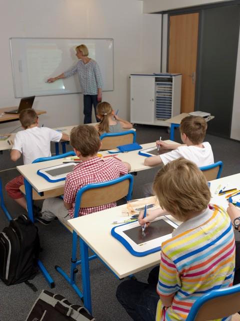 salle de classe Les ardoises numériques arrivent en classe