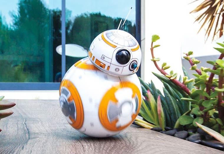 Star-Wars-rolling-droid-BB-8